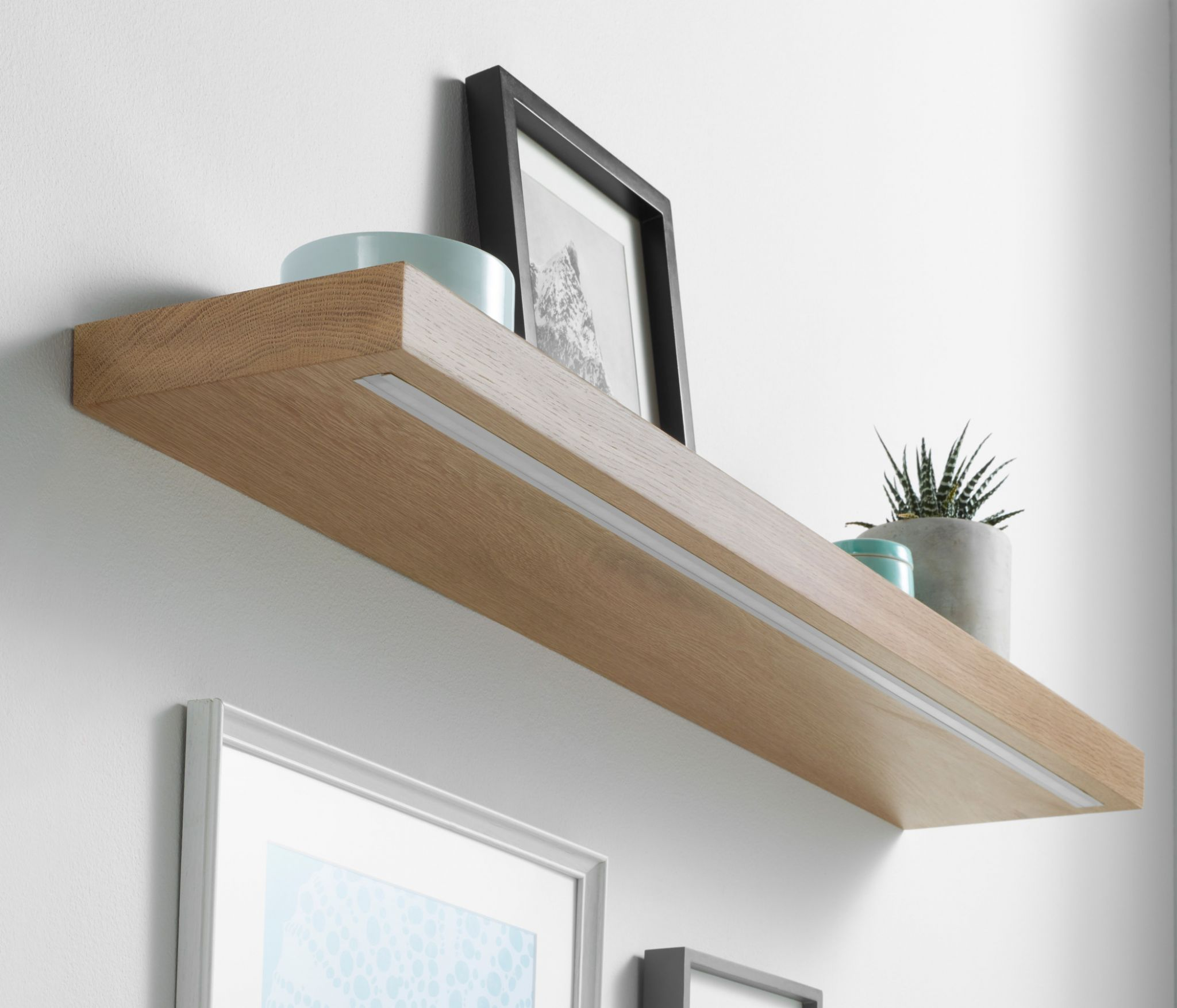 Solid White Oak Floating Shelf 40x145mm With Warm White